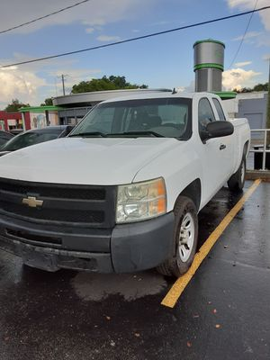 2009 Chevy 1500 for Sale in Tampa, FL