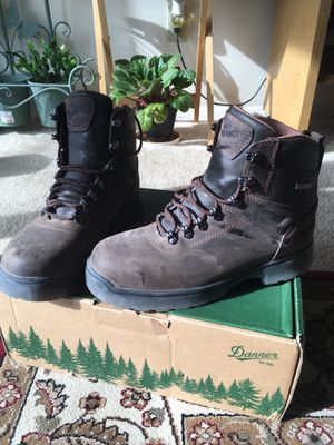 Work boots Danner, 8.5EE for Sale in Silver Spring, MD