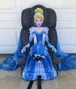 PRACTICALLY NEW DISNEY CINDERELLA CAR SEAT!!! for Sale in San Bernardino, CA