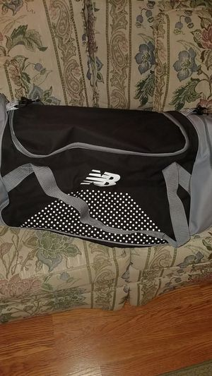 New Balance Duffle Bag for Sale in Fairfield, CT