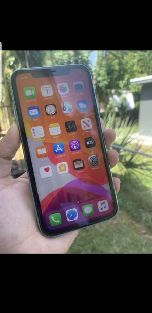 IPHONE 11 Green First come first serve for Sale in North Miami Beach, FL