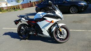 Motorcycle , yamaha FZ6R 2013 for Sale in Salem, MA