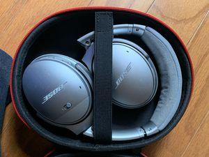 Bose Quietcomfort 35 II wireless headphone for Sale in Alexandria, VA