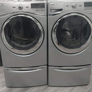WHIRLPOOL DUET STEAM GAS WASHER AND DRYER FOR ONLY $ 760 for Sale in Aurora, IL