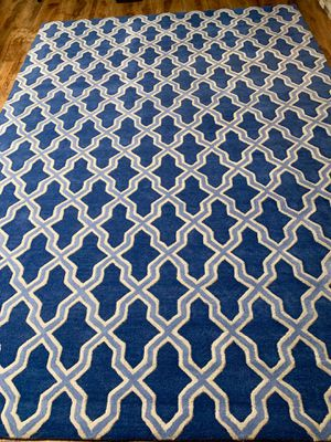 100% wool brand new geometric large rug !!! 7 x 10 for Sale in Vancouver, WA