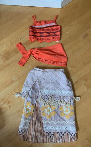 Disney store Moana costume for Sale in Snohomish, WA