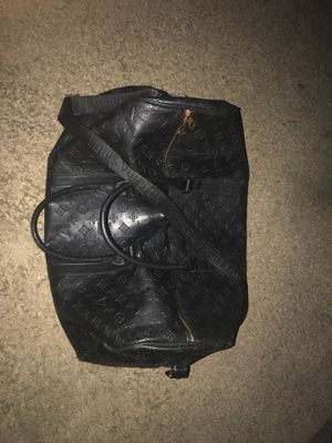Louis Vuitton duffle bag (TRADE FOR CAR OR CASH) for Sale in Fresno, CA