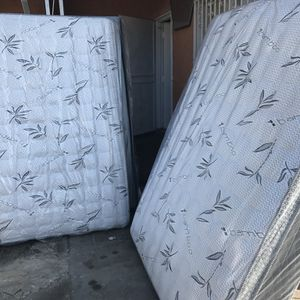Queen Bamboo Mattress & Boxspring for Sale in Norwalk, CA