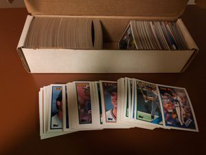 Baseball cards box of 1988 for Sale in Pottstown, PA