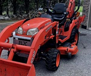 Kubota 3 Cylinder Tractor Loader for Sale in Buffalo, NY