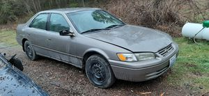 1999 toyota Camry LE for Sale in Roy, WA