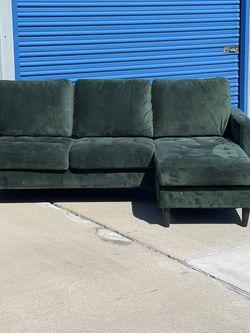 Beautiful Green Velvet Sectional, Floor Model for Sale in Fowler,  CA