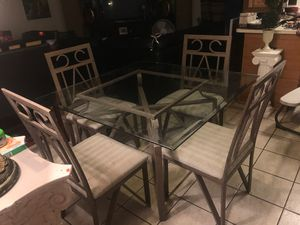 Squared dinning table with 4 chairs for Sale in Phoenix, AZ