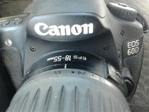 CANON camera 60D with lens and battery charger included well taken Care of for Sale in Los Angeles, CA