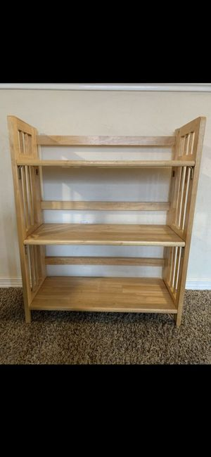 Small foldable shelf..Small 3-shelf bookcase, foldable, light wood. for Sale in Kent, WA