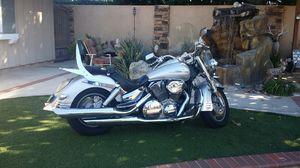 Beautiful VTX1300cc. for Sale in Huntington Beach, CA