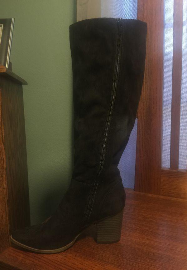 Black Fringe Boot