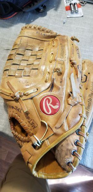 "12.5"" Rawlings baseball softball glove broken in for Sale in Norwalk, CA"
