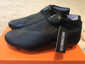 Nike Phantom Academy size 9 and 10.5 for Sale in Rockville, MD