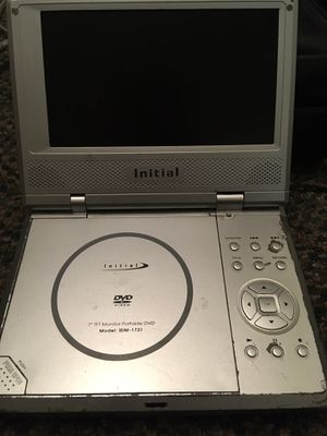INITIAL IDM-1731 Portable DVD Player With Leather Carrying Case for Sale in Tucson, AZ
