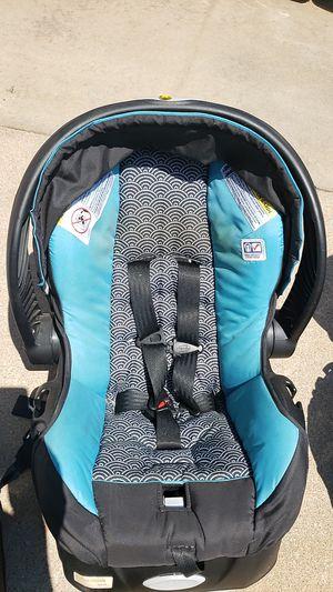 Evenflo baby car seat for Sale in Wichita, KS
