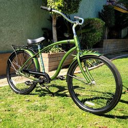 """Giant """"Simple 3"""" Aluminum 3 Speed Beach Cruiser Bike 26"""" EXCELLENT CONDITIONS!!! for Sale in Whittier,  CA"""