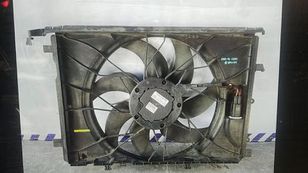 Mercedes C250 fan Assembly 2012-2014 for Sale in South Gate,  CA