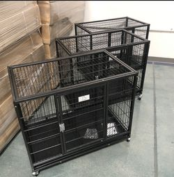 Brandnew in the box 📦 Escape Proof Kennel Cage Crate With Plastic Tray, Wheels and Locks 🔐 available Today 🐶 please see dimensions in second pic for Sale in Phoenix,  AZ