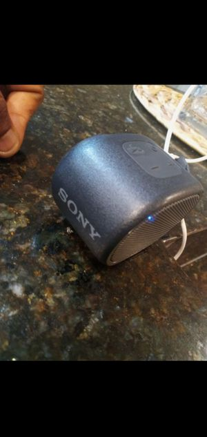 sony Bluetooth speaker for Sale in Chicago, IL