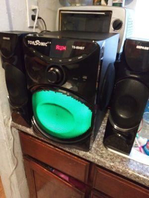 Teatro em casa radio usb i Bluetooth buen sonido como nuebo chingon 70$ firmmm for Sale in Los Angeles, CA