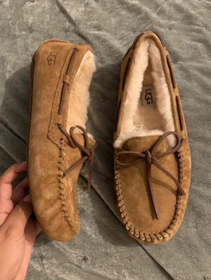 Ugg Dakota Moccasins for Sale in Milwaukee, WI