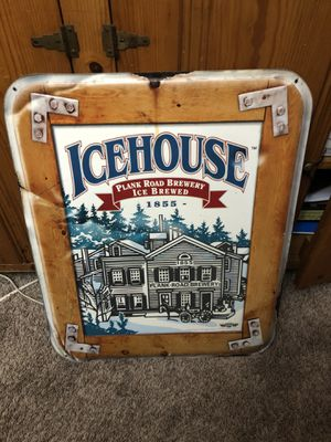 Icehouse metal sign good shape 2ft x 3ft for Sale in Parma, OH