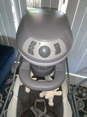 Graco baby swing. for Sale in Fort Lauderdale, FL