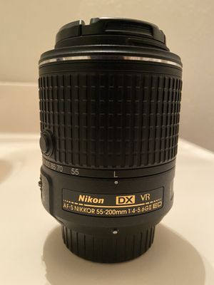 Nikon 55-200mm for Sale in Los Angeles, CA