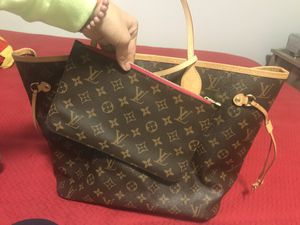 Louis Vuitton bag for Sale in Chicago, IL