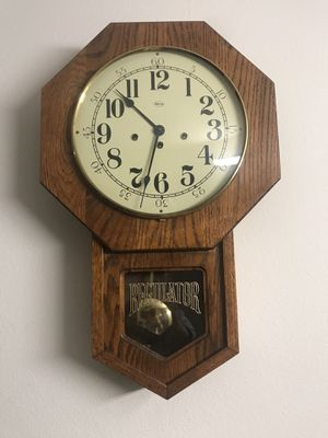 Antique old Clock for Sale in Tigard, OR