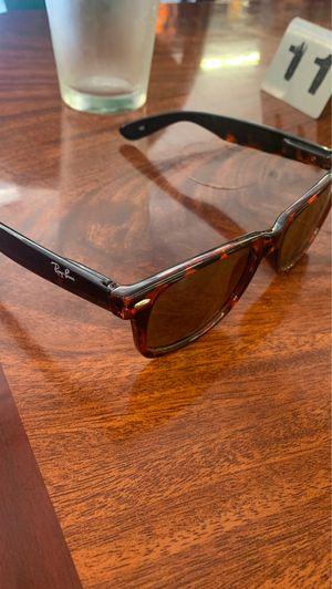 Sunglasses for Sale in Visalia, CA