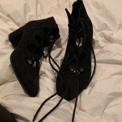 Tie Up Block Heel Black Sandal for Sale in Portland,  OR
