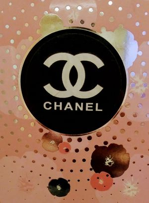 Chanel Pink Flower Perfume 3.3fl. Oz Bottle for Sale in Phoenix, AZ