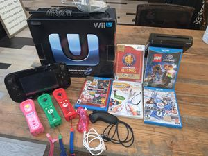 Wii U Mario Kart 8 Deluxe Set Plus Extras! for Sale in Snohomish, WA