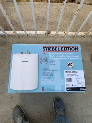 Mini tank electric water heater for Sale in Beverly Hills, CA