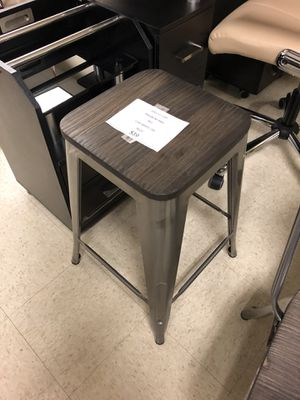 Metal Bar Stool with Wooden Seat for Sale in Garland, TX