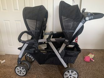 Chicco Double Stroller for Sale in Watsonville,  CA