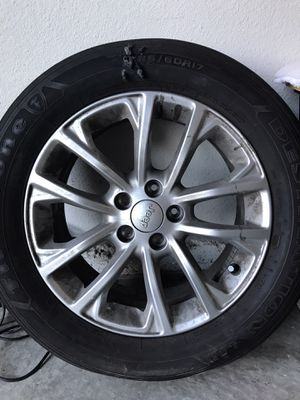 Jeep wheel 2019 for Sale in Elk Grove, CA
