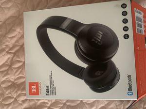JBL Bluetooth headphones for Sale in Colonial Heights, VA