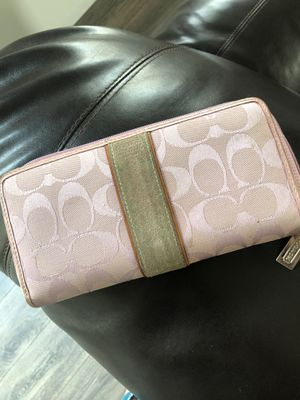 Coach wallet for Sale in Fresno, CA