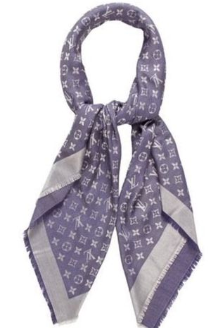 Louis Vuitton scarf for Sale in Canoga Park, CA