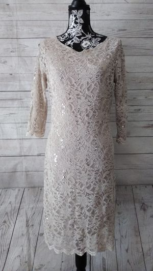 Beautiful Tiana B. Dress , women's size 10 ( worn once ) for Sale in Frederick, MD