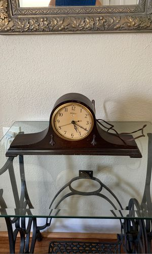 ANTIQUE CLOCK for Sale in Plant City, FL