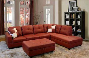 Nice sectional & Ottoman for Sale in Puyallup, WA